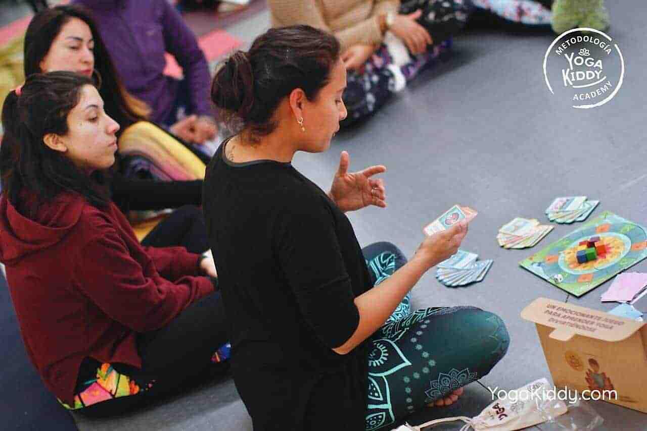 yoga-para-niños-formación-monitor-yoga-infantil-YogaKiddy-viña-del-mar-chile0020