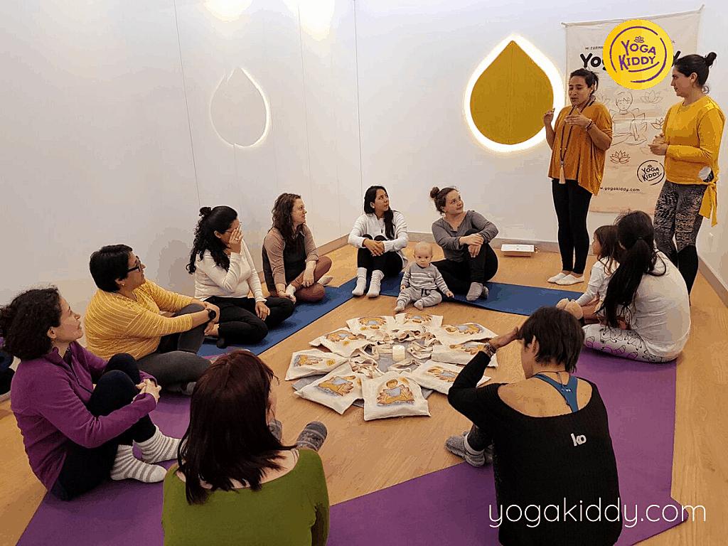 Yoga-para-niños-Lima-Perú-Formación-Internacional-de-Monitor-de-Yoga-Infantil-16-1-1024x768