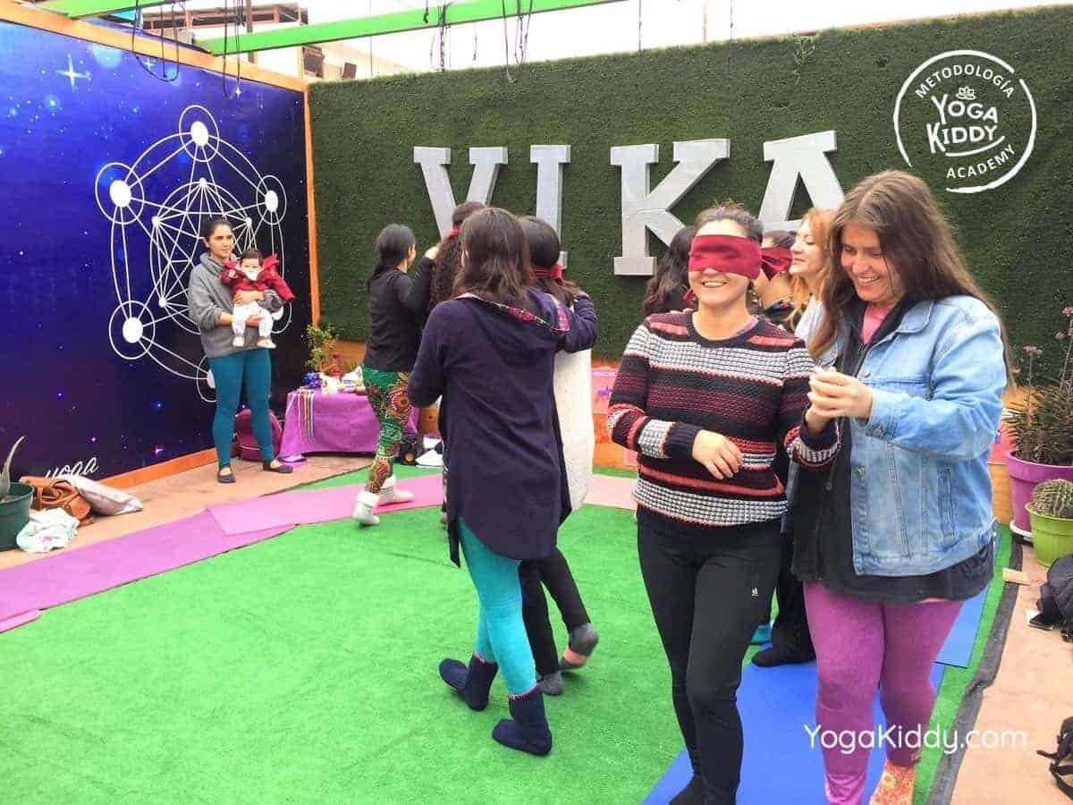 yoga-para-niños-arica-chile-formación-monitor-profesrorado-instructurado-YogaKiddy-0028