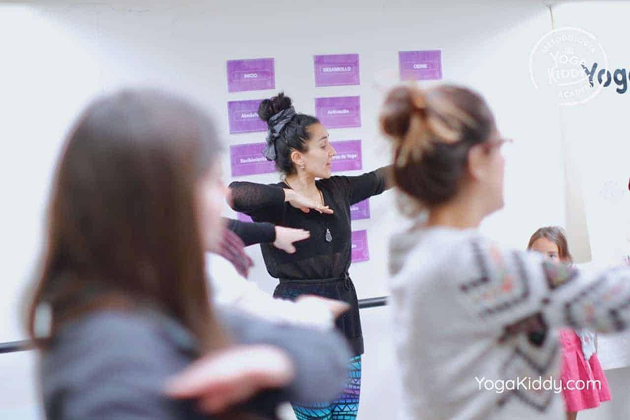 yoga-para-niños-formación-monitor-yoga-infantil-YogaKiddy-viña-del-mar-chile0033
