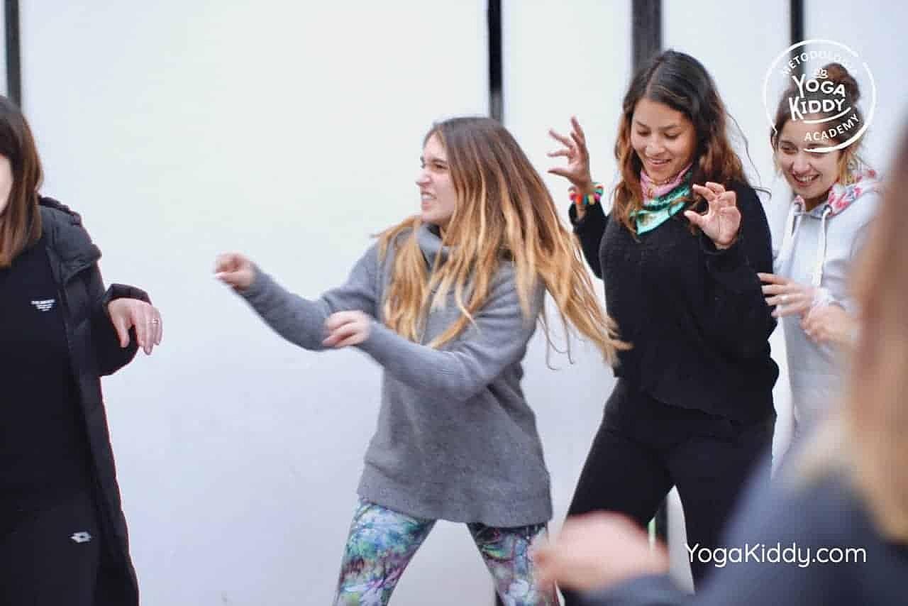 yoga-para-niños-formación-monitor-yoga-infantil-YogaKiddy-viña-del-mar-chile0061