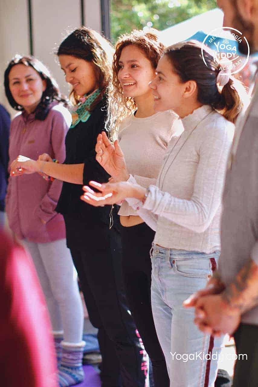 yoga-para-niños-formación-monitor-yoga-infantil-YogaKiddy-viña-del-mar-chile0014