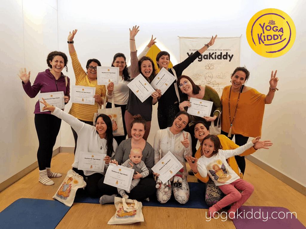 Yoga-para-niños-Lima-Perú-Formación-Internacional-de-Monitor-de-Yoga-Infantil-15-1024x768