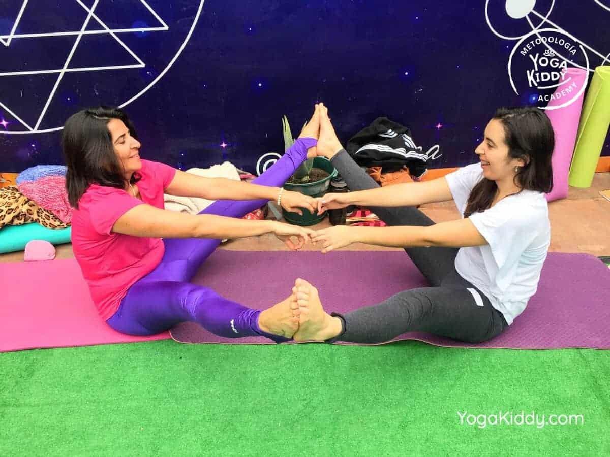 yoga-para-niños-arica-chile-formación-monitor-profesrorado-instructurado-YogaKiddy-0014
