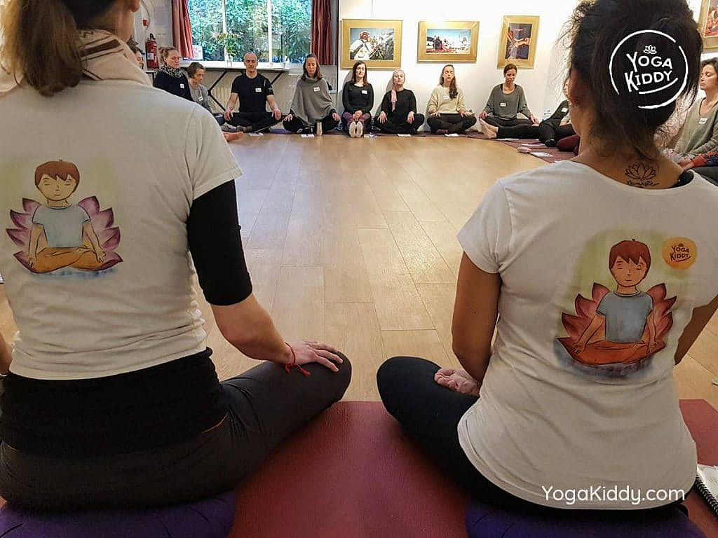 formation-yoga-pour-enfants-moniteur-paris-france-yogakiddy_20-1024x768