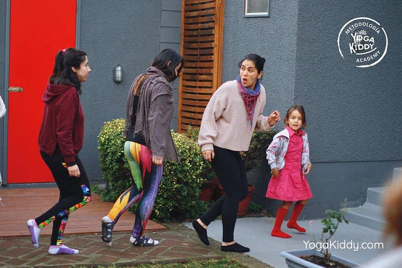 yoga-para-niños-formación-monitor-yoga-infantil-YogaKiddy-viña-del-mar-chile0087