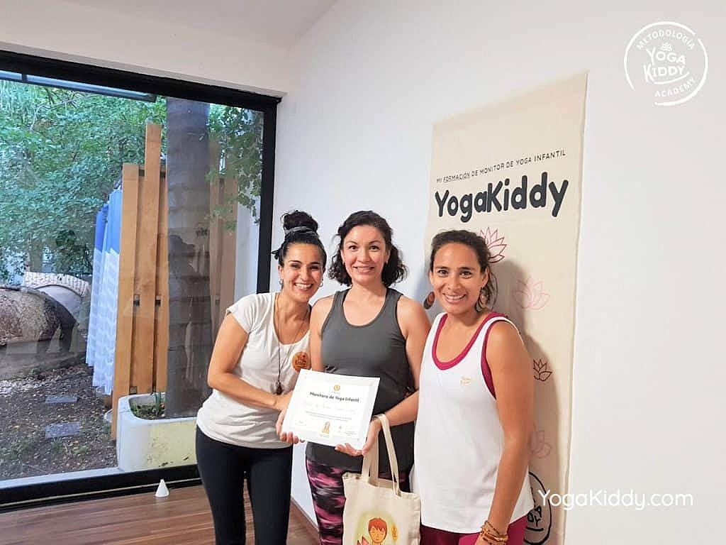 Formación-de-Yoga-para-Niños-en-Guadalajara-México-YogaKiddy-0160-1024x768