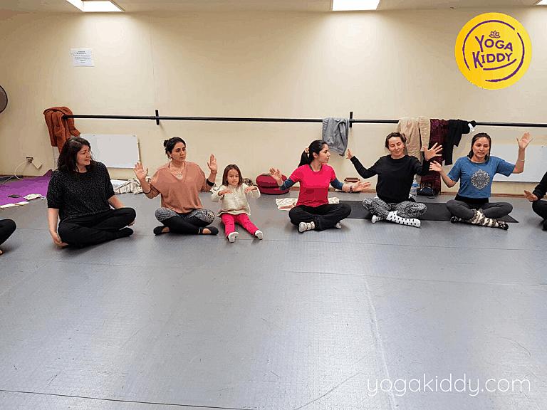 Yoga-para-niños-Viña-del-Mar-Formación-internacional-de-Monitor-de-Yoga-Infantil-9-768x576
