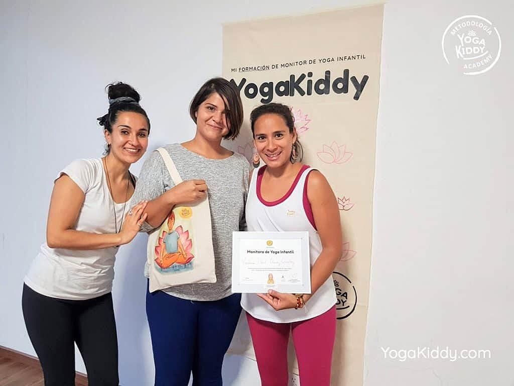 Formación-de-Yoga-para-Niños-en-Guadalajara-México-YogaKiddy-0166-1024x768