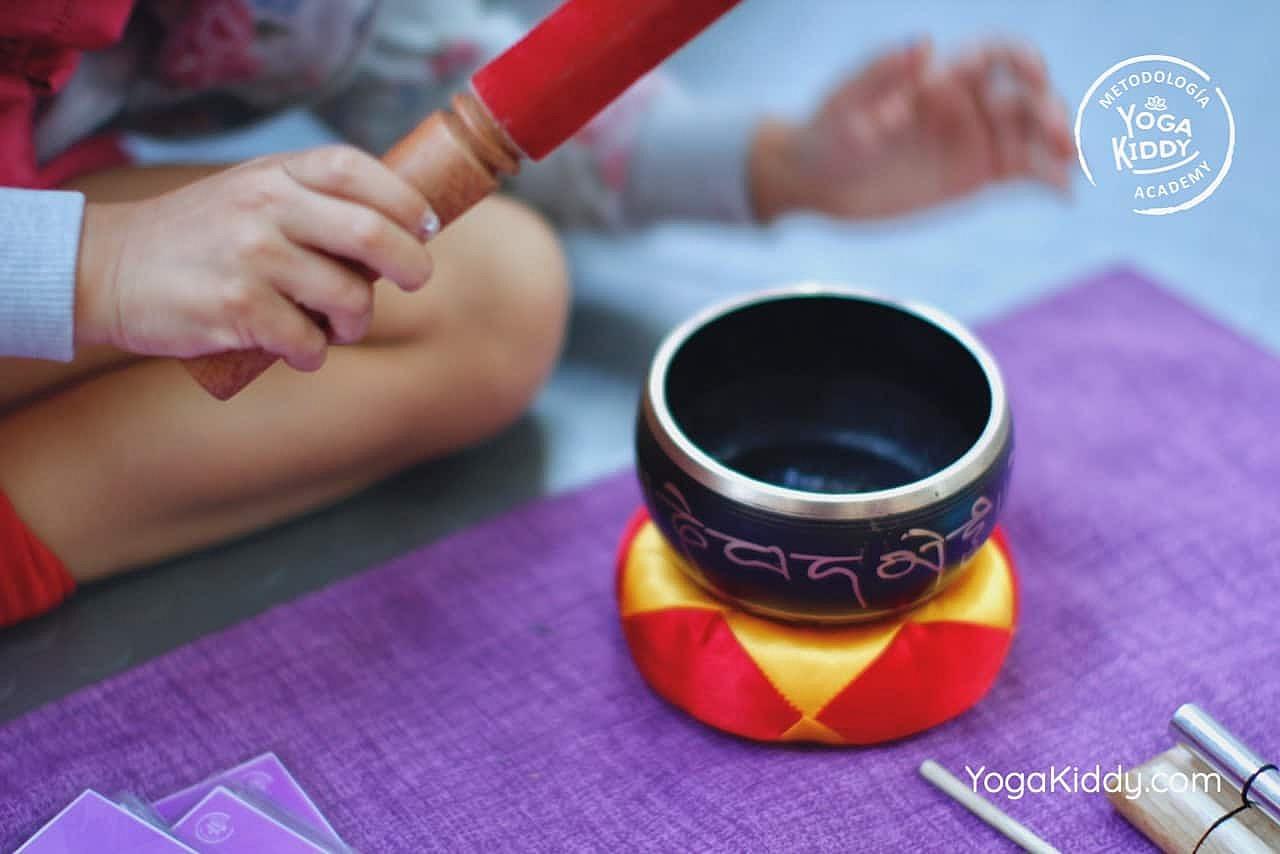 yoga-para-niños-formación-monitor-yoga-infantil-YogaKiddy-viña-del-mar-chile0046