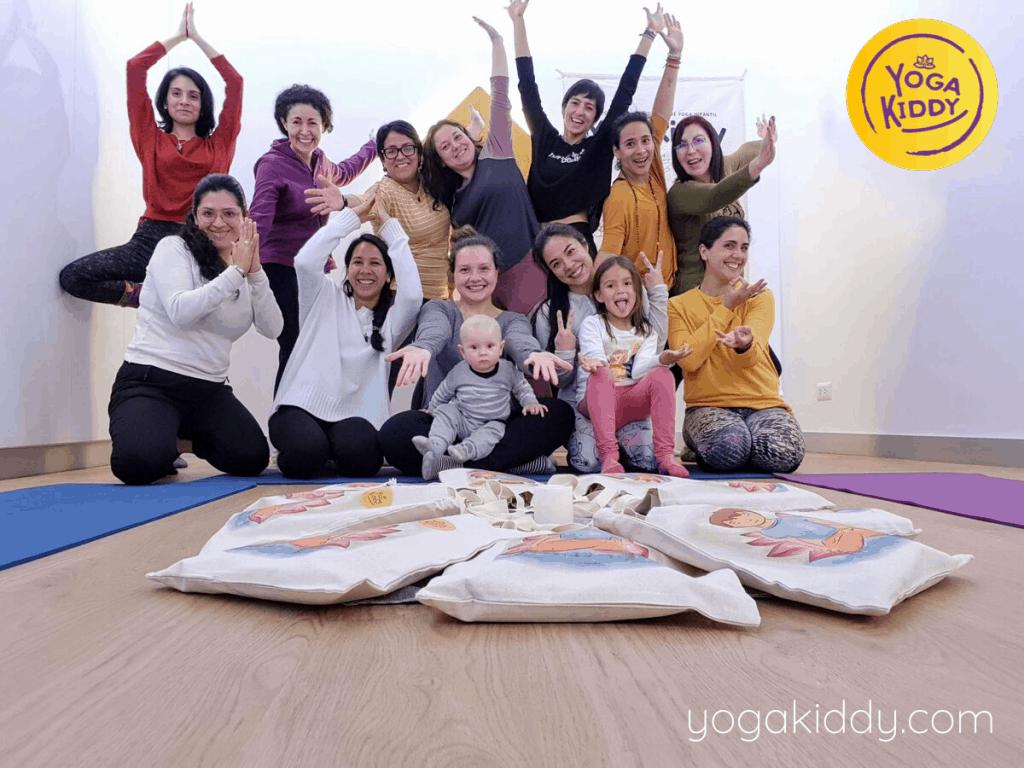 Yoga-para-niños-Lima-Perú-Formación-Internacional-de-Monitor-de-Yoga-Infantil-13-1-1024x768