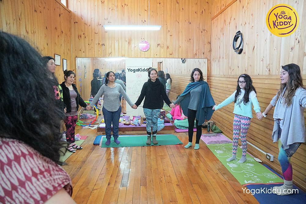 yoga para niños castro chiloe chile yogakiddy formacion 10