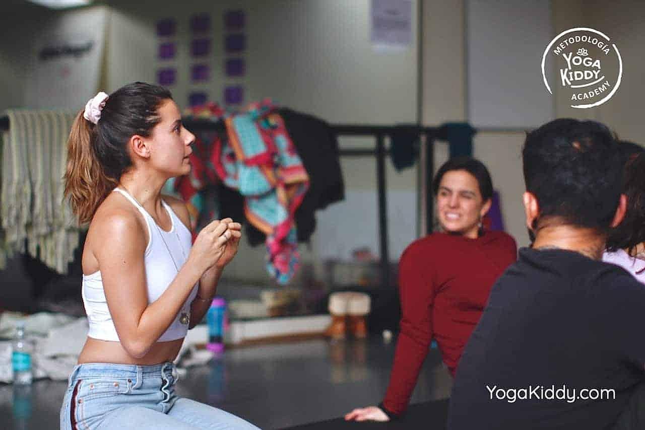 yoga-para-niños-formación-monitor-yoga-infantil-YogaKiddy-viña-del-mar-chile0024