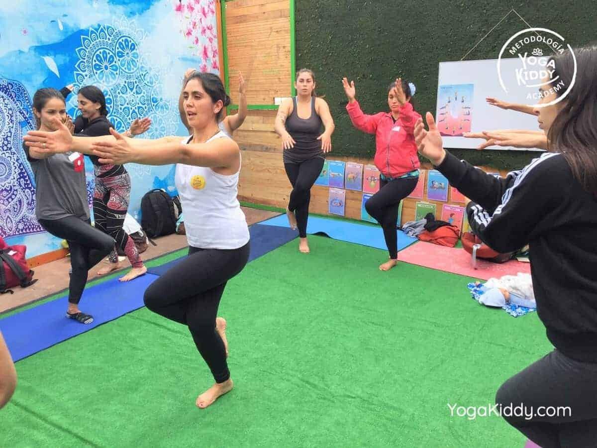 yoga-para-niños-arica-chile-formación-monitor-profesrorado-instructurado-YogaKiddy-0013