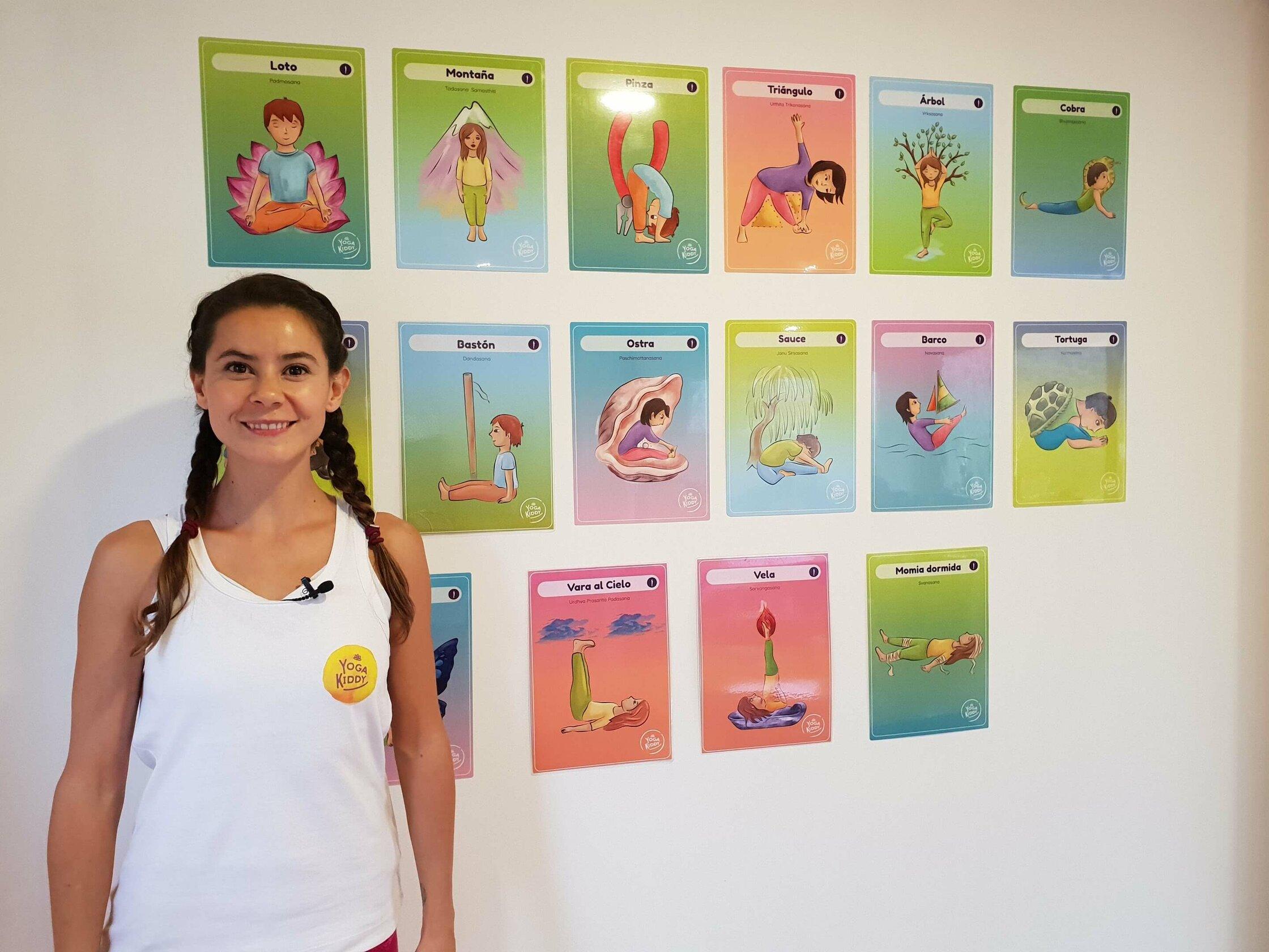 yoga para adultos con cartas yogakiddy