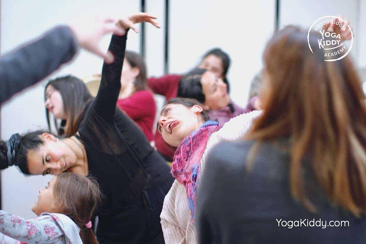 yoga-para-niños-formación-monitor-yoga-infantil-YogaKiddy-viña-del-mar-chile0065