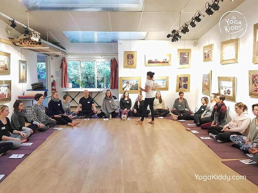 formation-yoga-pour-enfants-moniteur-paris-france-yogakiddy_19-1024x768