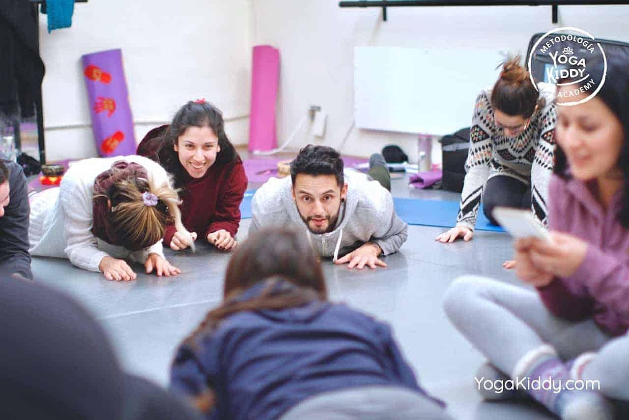 yoga-para-niños-formación-monitor-yoga-infantil-YogaKiddy-viña-del-mar-chile0072