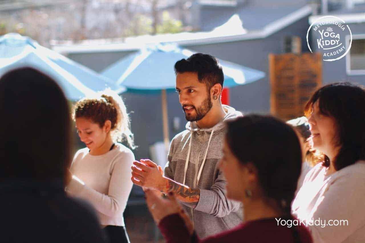 yoga-para-niños-formación-monitor-yoga-infantil-YogaKiddy-viña-del-mar-chile0011