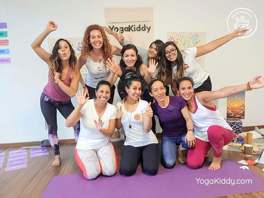 Formación-de-Yoga-para-Niños-en-Guadalajara-México-YogaKiddy-0131-1024x768