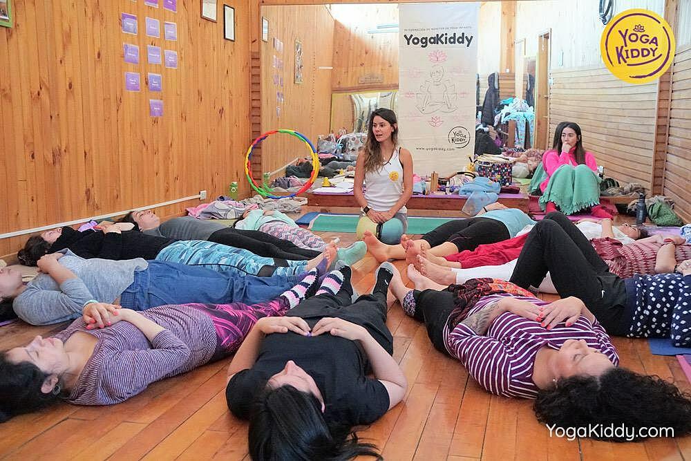 yoga para niños castro chiloe chile yogakiddy formacion 16