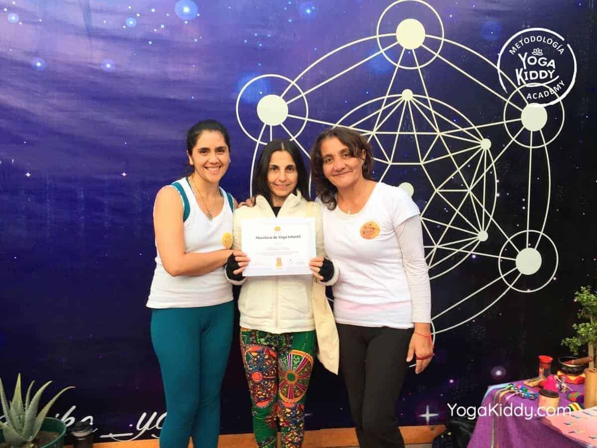 yoga-para-niños-arica-chile-formación-monitor-profesrorado-instructurado-YogaKiddy-0043