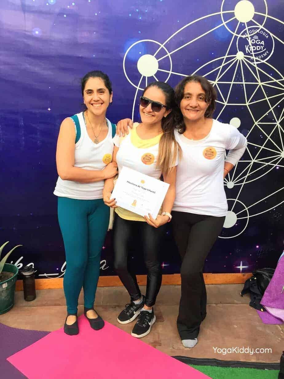 yoga-para-niños-arica-chile-formación-monitor-profesrorado-instructurado-YogaKiddy-0045