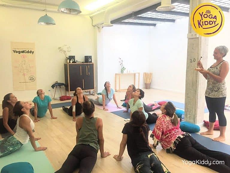 Yoga-para-niños-madrid-españa-Formación-Internacional-de-Monitor-de-Yoga-Infantil16-1-768x576