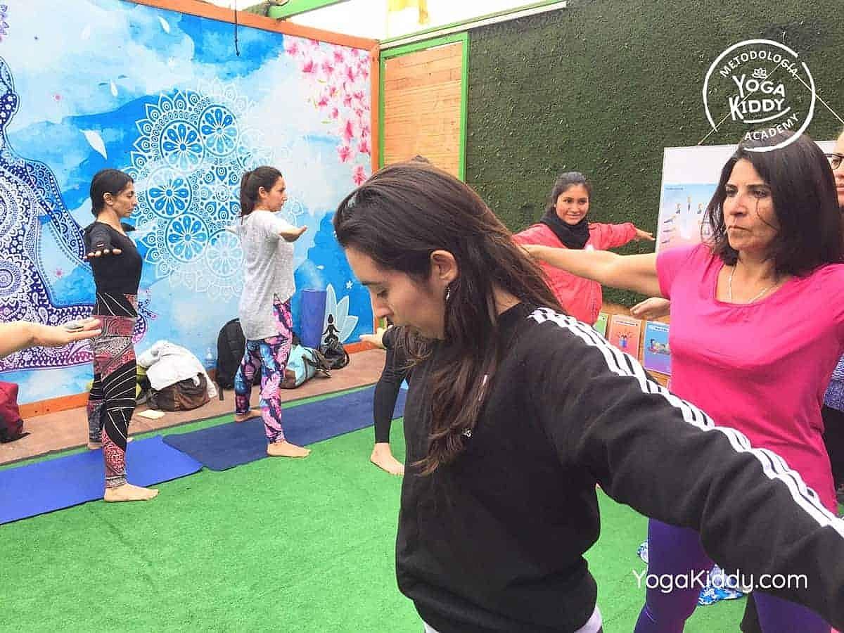 yoga-para-niños-arica-chile-formación-monitor-profesrorado-instructurado-YogaKiddy-0006