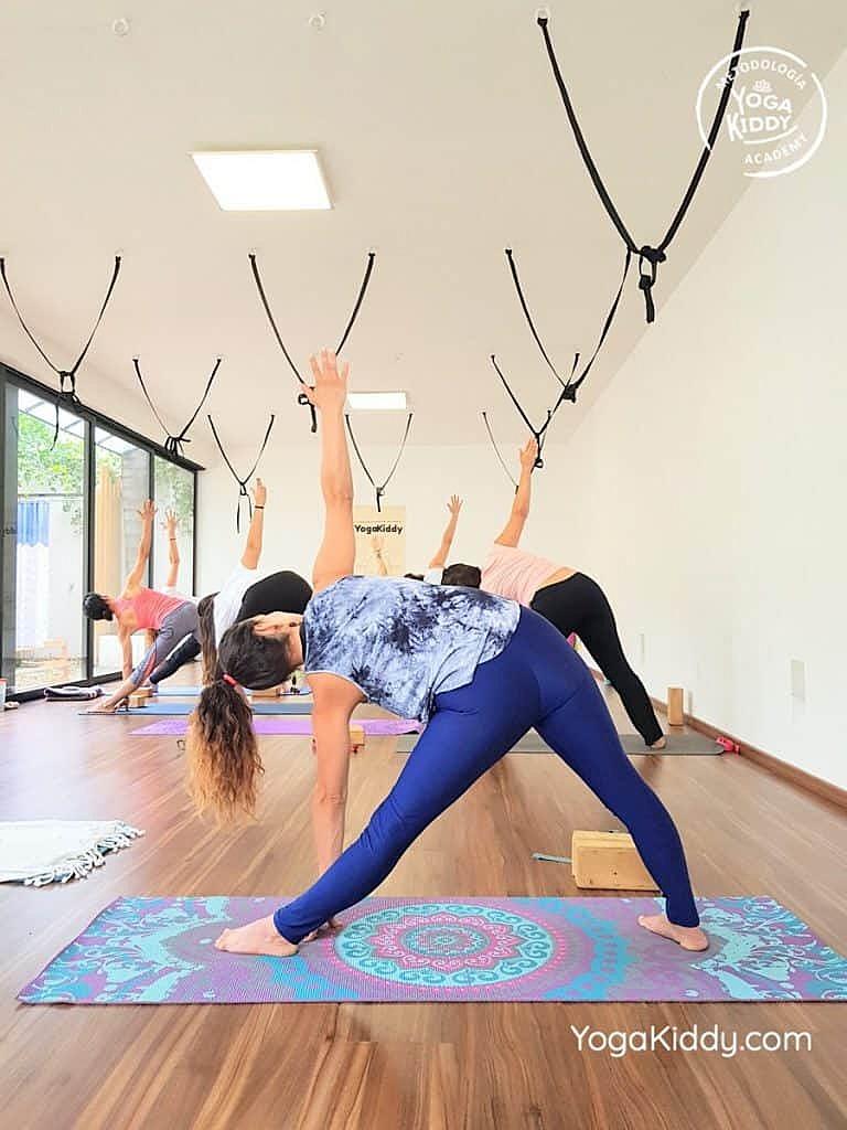 Formación-de-Yoga-para-Niños-en-Guadalajara-México-YogaKiddy-0024-768x1024