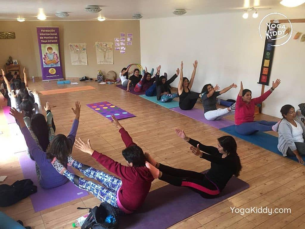 formacion-yoga-para-ninos-copiapo-chile-yogakiddy-3-1024x768