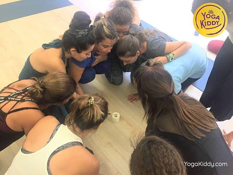 Yoga-para-niños-madrid-españa-Formación-Internacional-de-Monitor-de-Yoga-Infantil3-1-768x576
