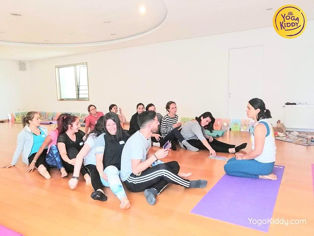 formacion yoga para niños en concepcion chile yogakiddy 1