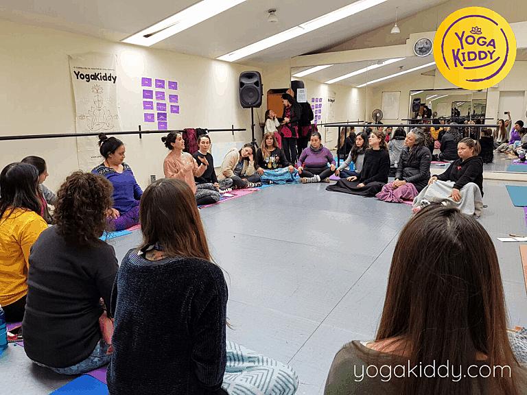 Yoga-para-niños-Viña-del-Mar-Formación-Internacional-de-Monitor-de-Yoga-Infantil-2-768x576