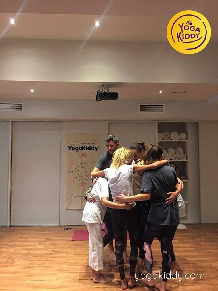 Yoga-para-niños-barcelona-españa-Formación-Internacional-de-Monitor-de-Yoga-Infantil-17-768x1024