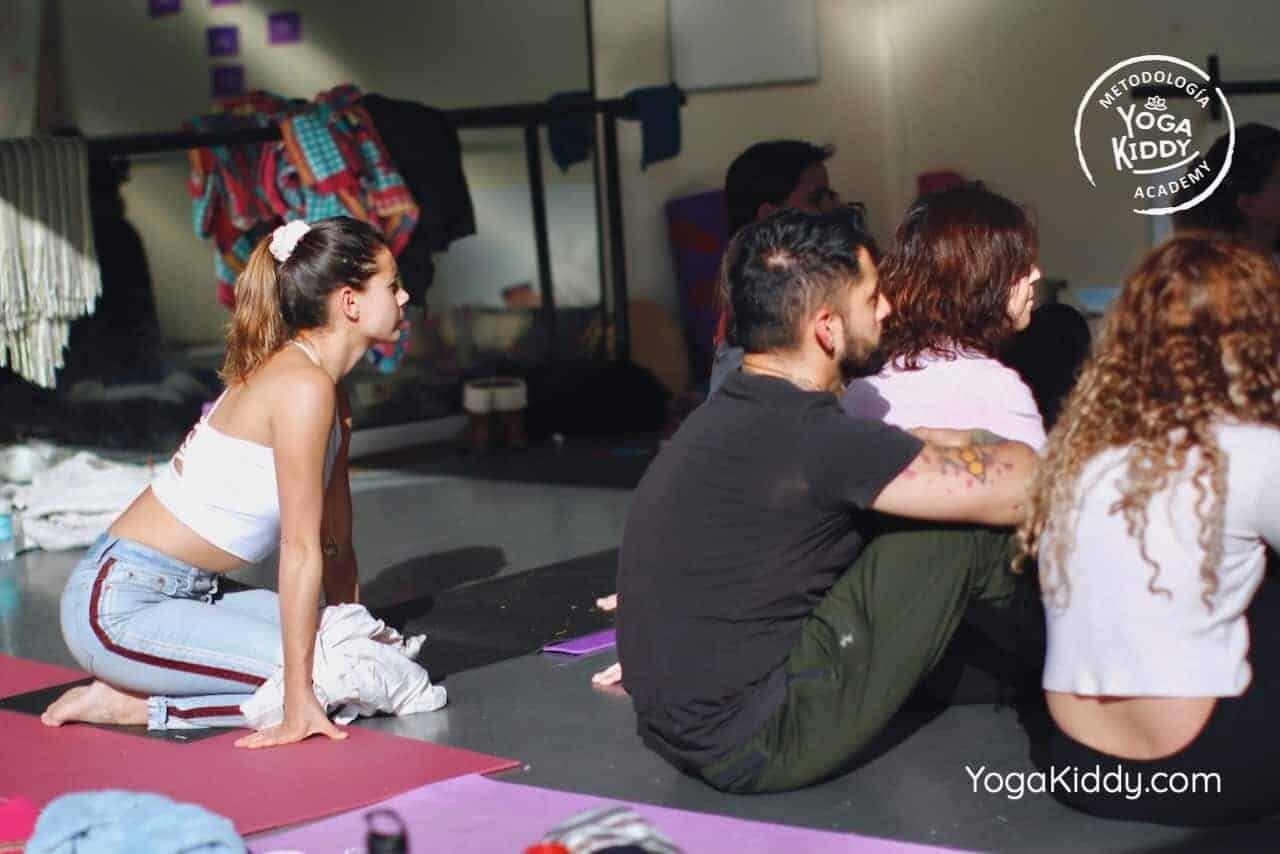 yoga-para-niños-formación-monitor-yoga-infantil-YogaKiddy-viña-del-mar-chile0021