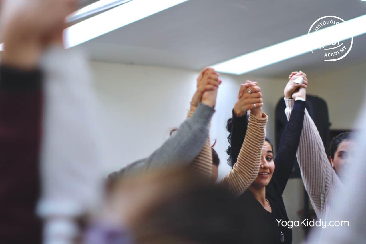 yoga-para-niños-formación-monitor-yoga-infantil-YogaKiddy-viña-del-mar-chile0080