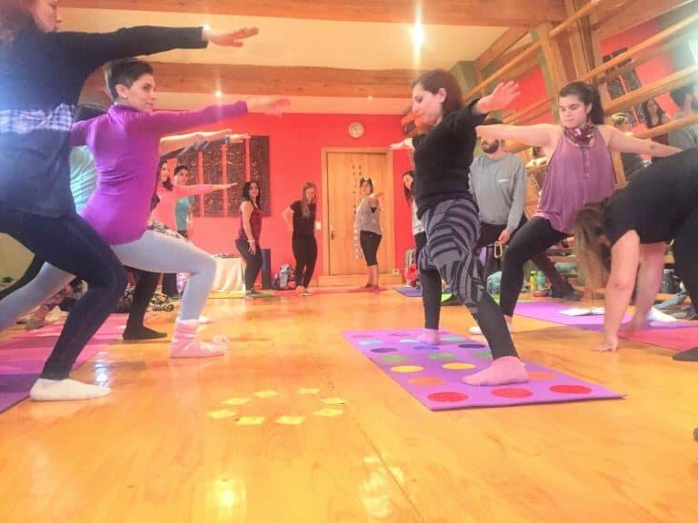Yoga-niños-santiago-chile-Formación-Internacional-de-Monitor-de-Yoga-Infantil7-768x576