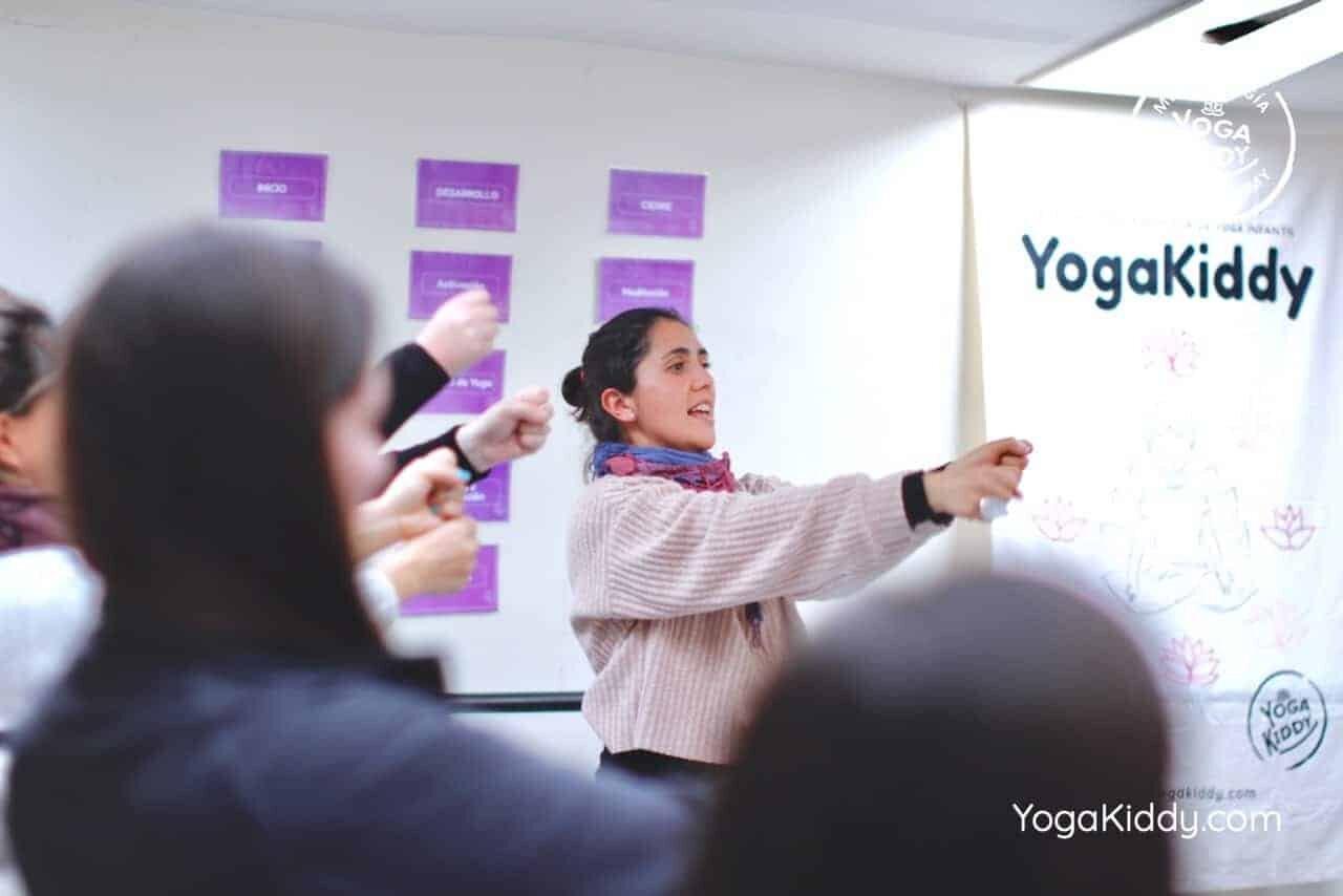 yoga-para-niños-formación-monitor-yoga-infantil-YogaKiddy-viña-del-mar-chile0030