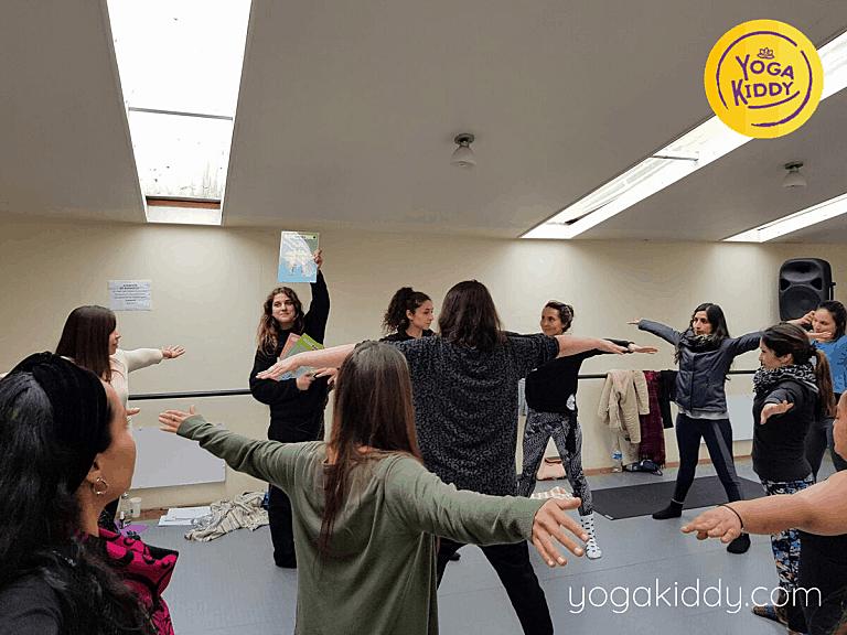 Yoga-para-niños-Viña-del-Mar-Formación-internacional-de-Monitor-de-Yoga-Infantil-6-768x576