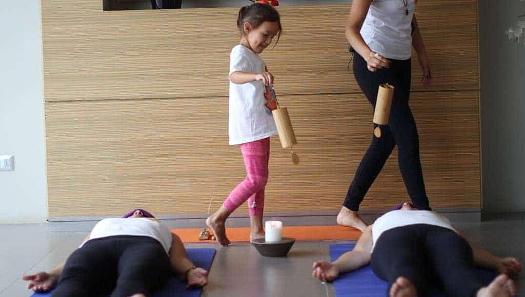 curso-de-yoga-infantil-yoga-para-ninos-en-linea-yogakiddy-23-1-1024x580