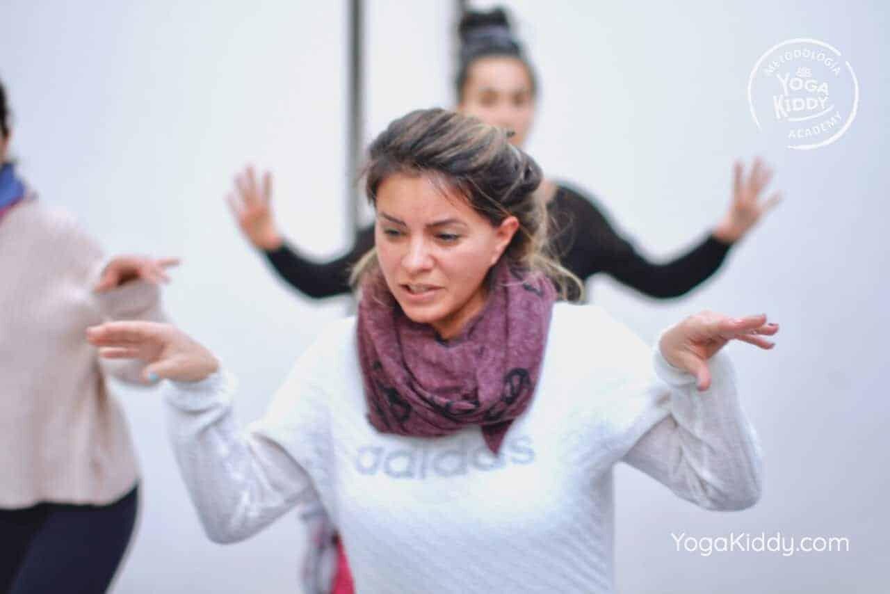 yoga-para-niños-formación-monitor-yoga-infantil-YogaKiddy-viña-del-mar-chile0059