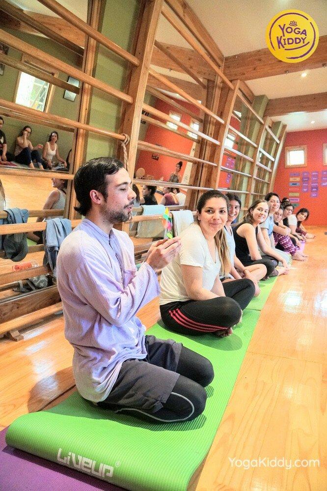 Formación de Yoga para Niños en Santiago, Chile YogaKiddy 24