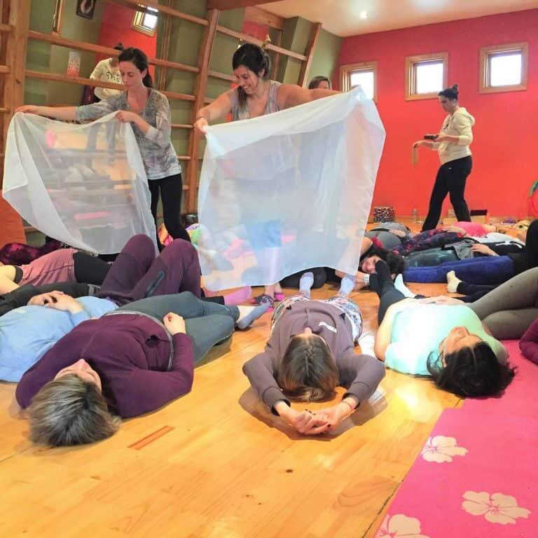 Yoga-niños-santiago-chile-Formación-Internacional-de-Monitor-de-Yoga-Infantil14-768x768