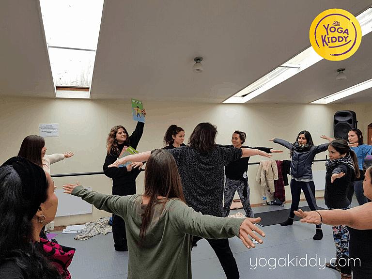 Yoga-para-niños-Viña-del-Mar-Formación-internacional-de-Monitor-de-Yoga-Infantil-5-768x576