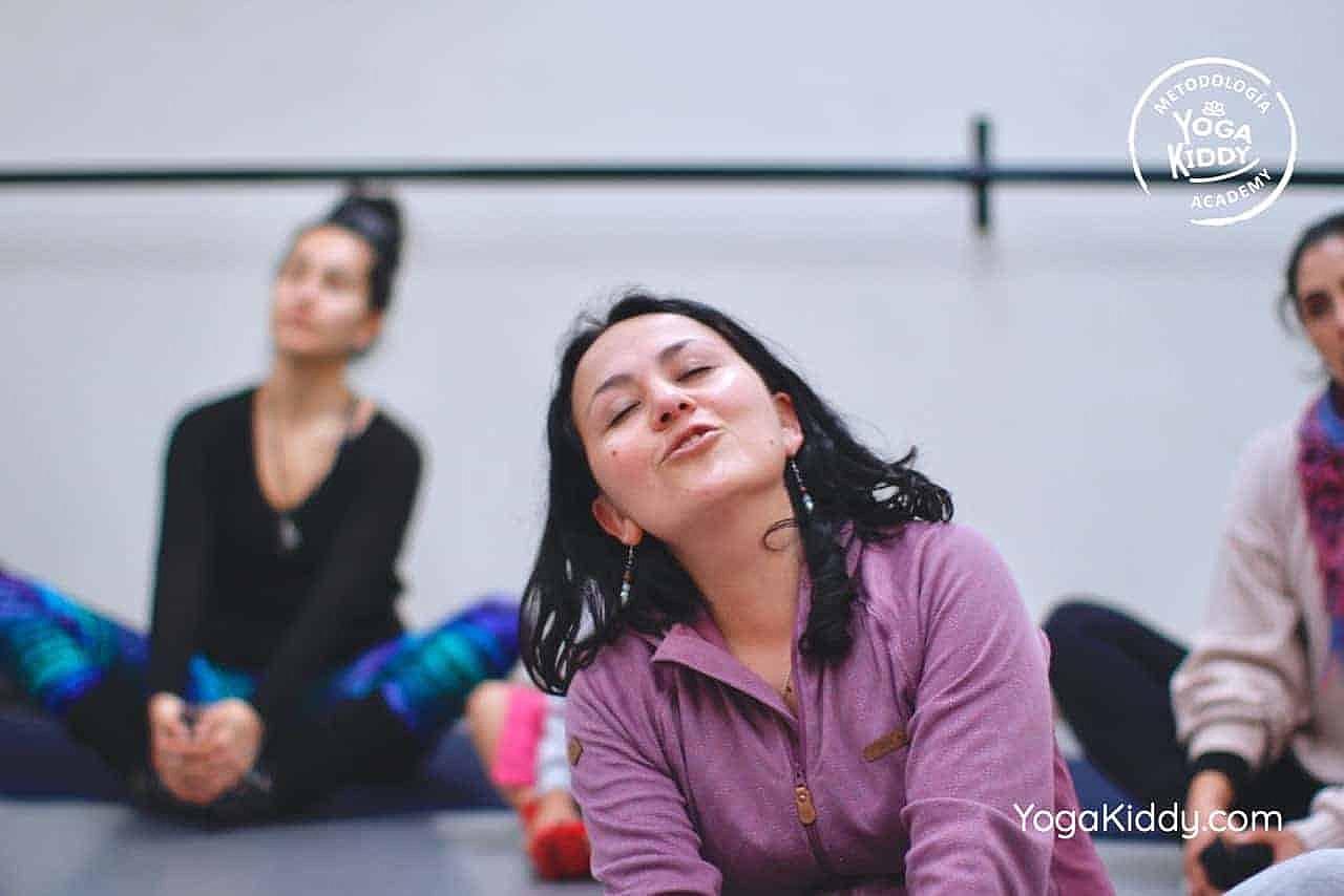 yoga-para-niños-formación-monitor-yoga-infantil-YogaKiddy-viña-del-mar-chile0076