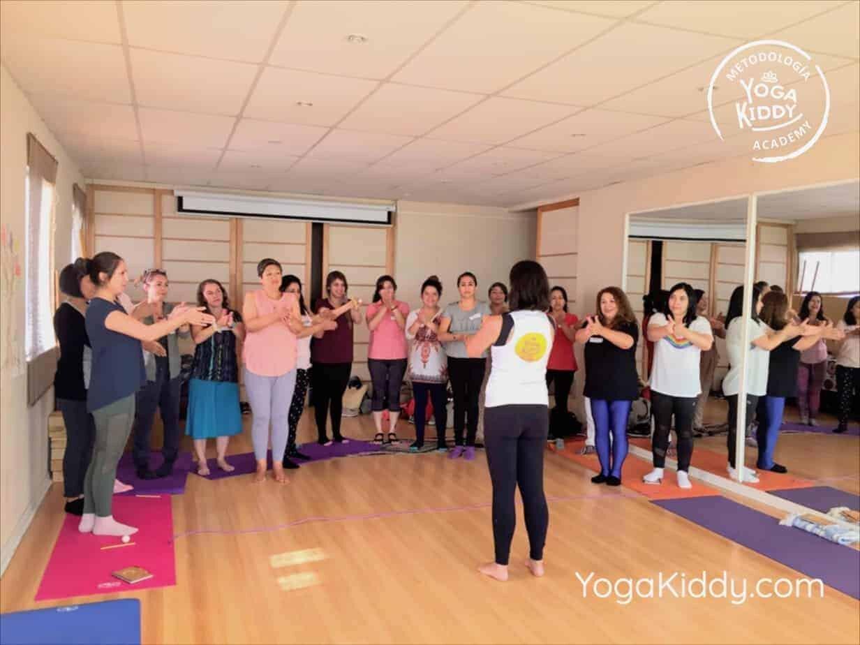 yoga-para-niños-antofagasta-chile-formacion-monitor-yogakiddy-2