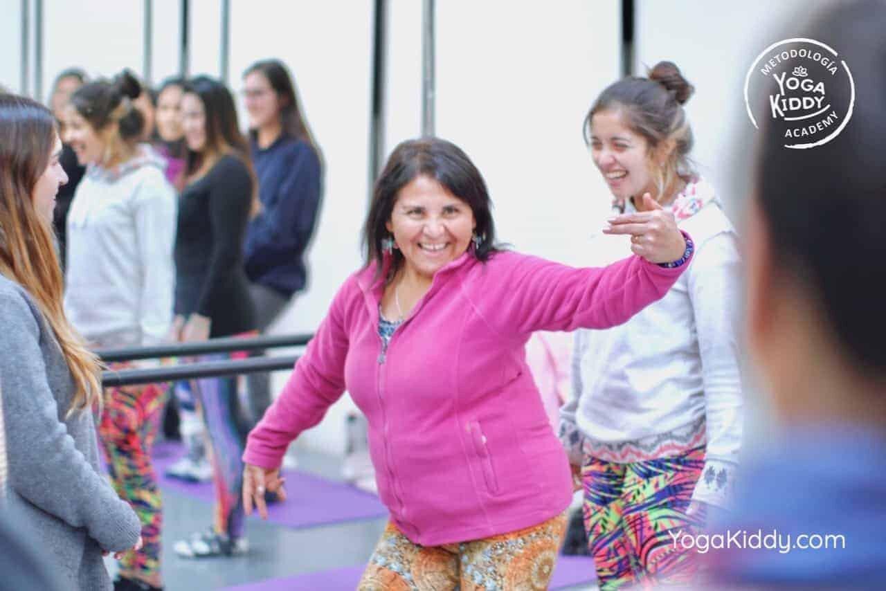 yoga-para-niños-formación-monitor-yoga-infantil-YogaKiddy-viña-del-mar-chile0051