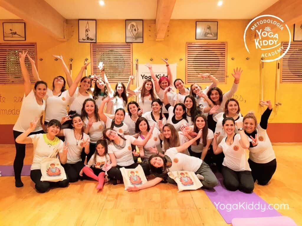Formación-de-Monitor-de-Yoga-para-Niños-en-Santiago-Chile0022-1024x768