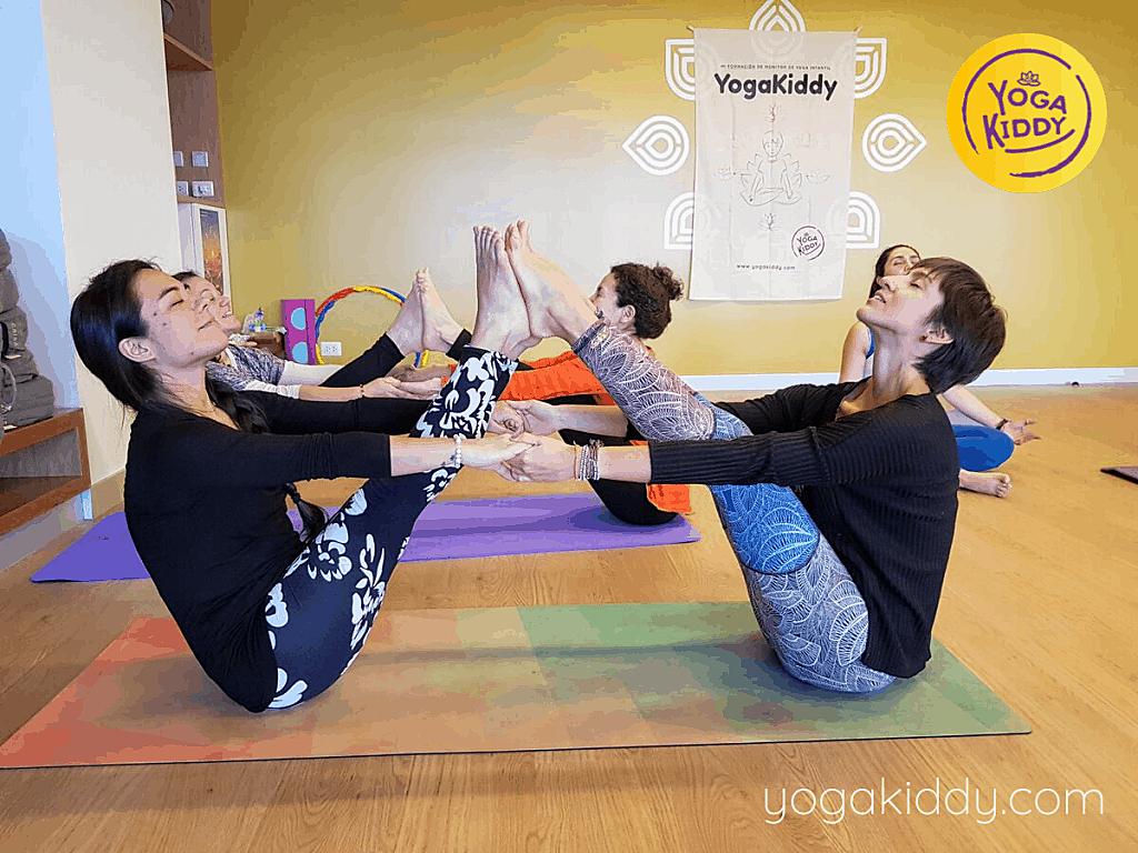 Yoga-para-niños-Lima-Perú-Formación-Internacional-de-Monitor-de-Yoga-Infantil-7-1-1024x768
